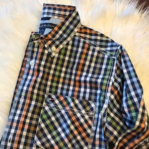 Tommy Hilfiger NEW plaid button up M 12-14